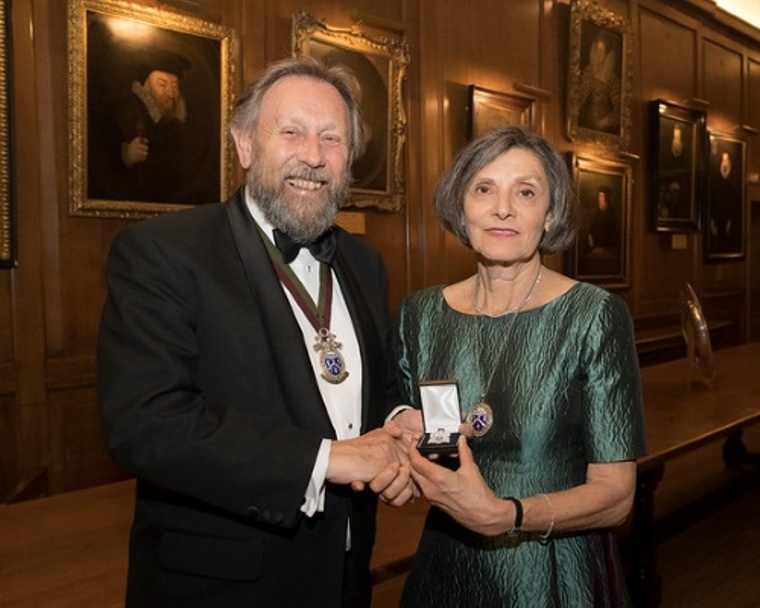 Deputy Master presenting Mistress with her Past Mistress's badge