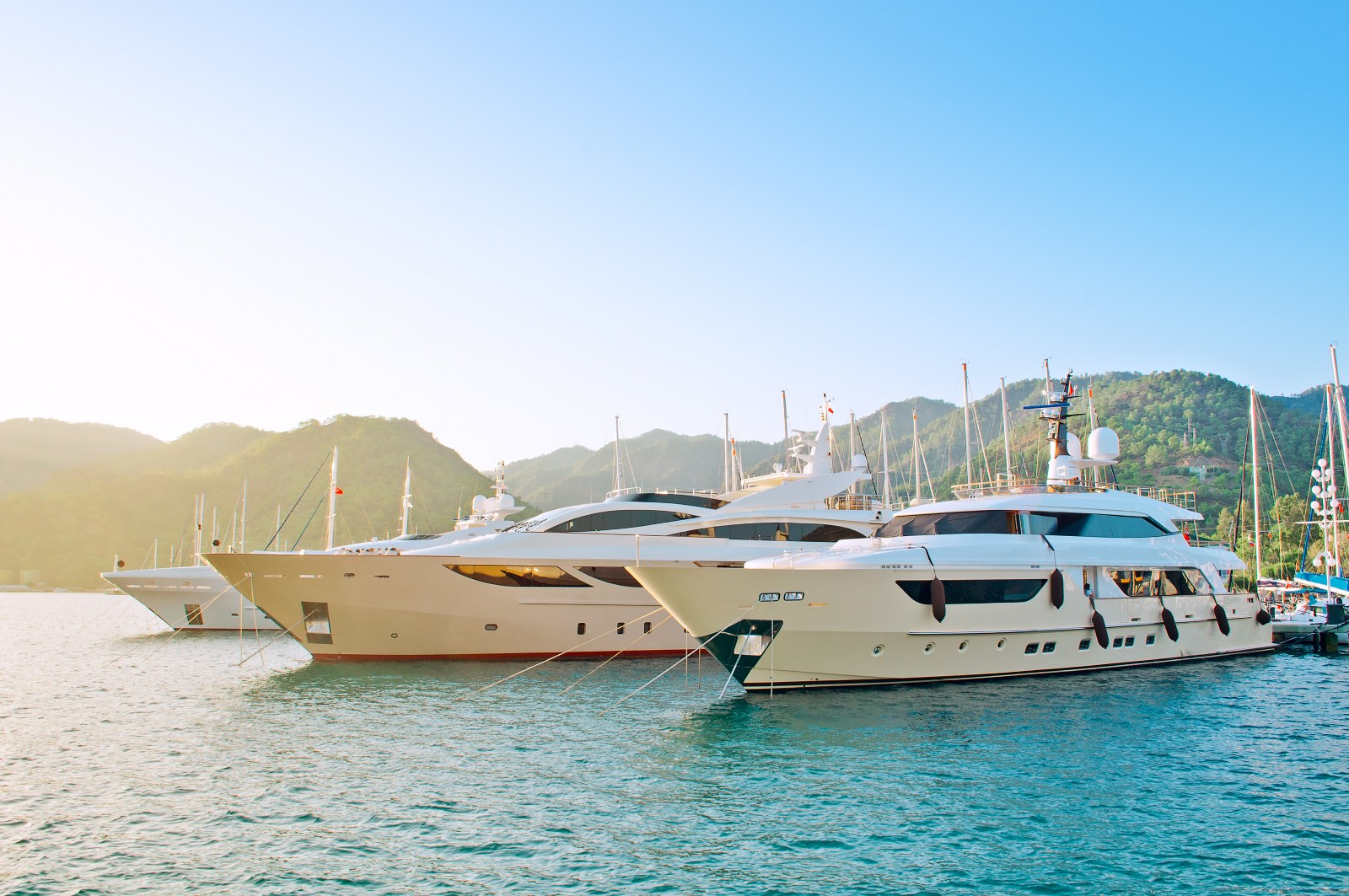 Marbella's private yacht charters