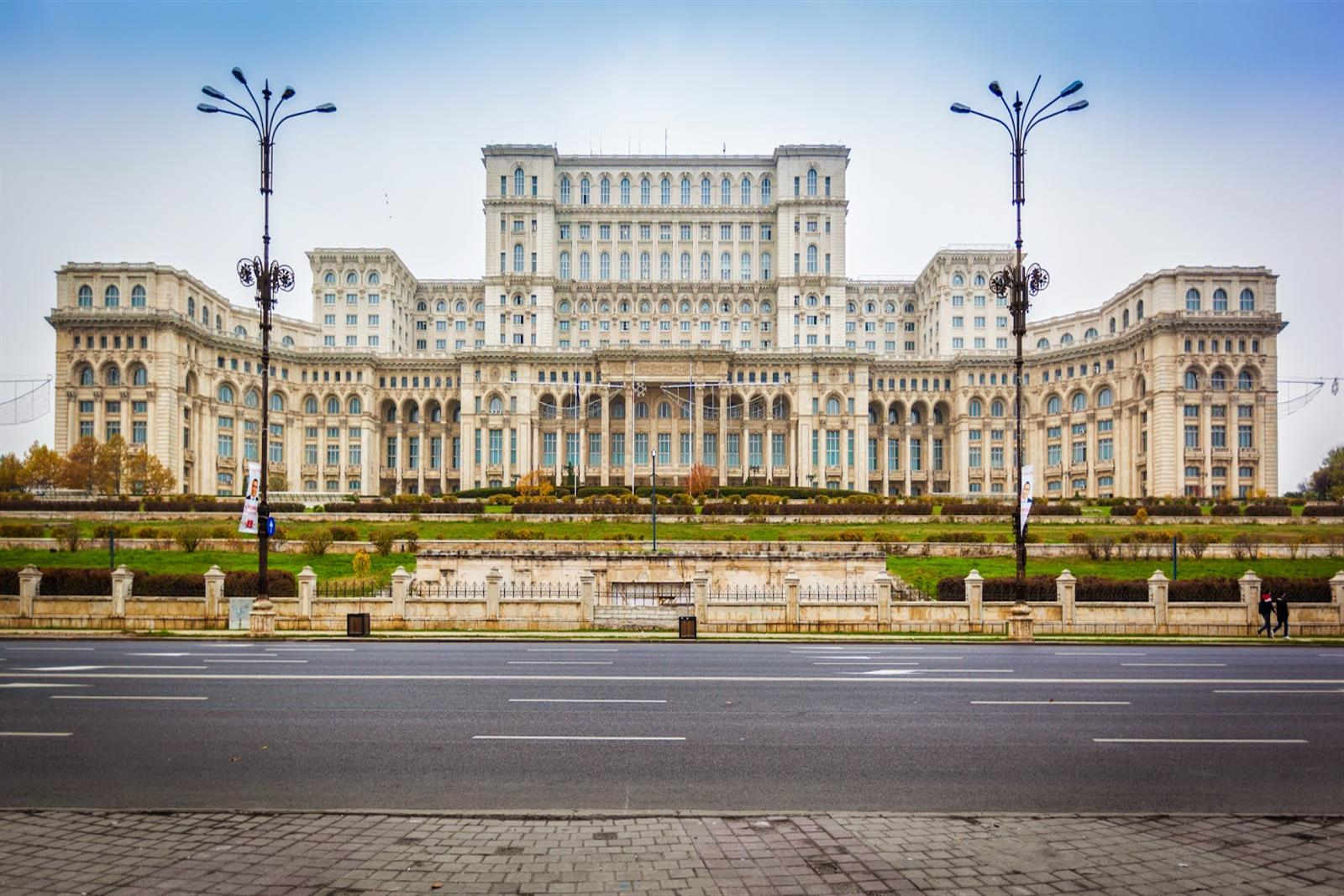a-guide-to-bucharest image