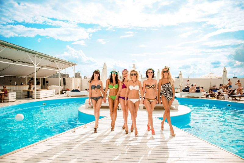 Tips & Tricks For Hen Parties Abroad
