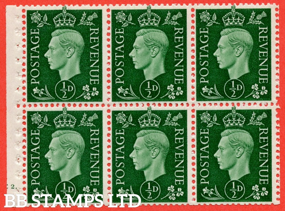 "SG. 462 b. QB1. ½d green. A fine UNMOUNTED MINT cylinder "" E2 dot "" booklet pane of 6. Perf type B4€."