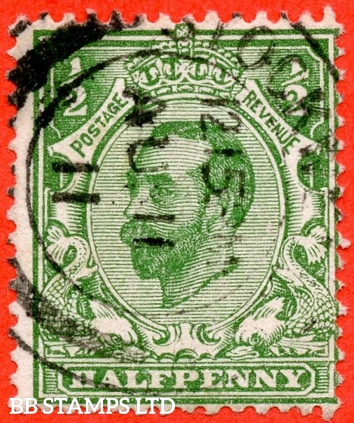 "SG. 322a. N1 (1)b. ½d Green. Perf "" 14 "". A very fine CDS used example of this RARE and very underrated George V Downie variety."