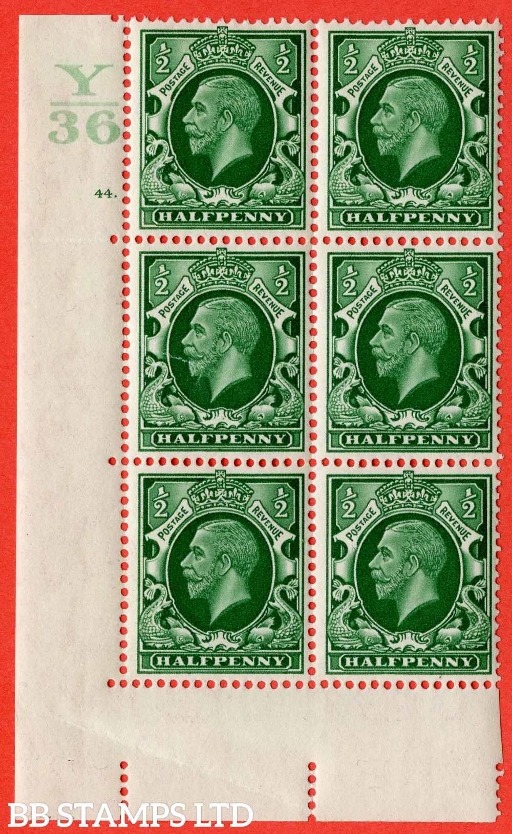 "SG. 439 variety N47. ½d Green. A fine mounted mint"" Control Y36 cylinder 44 dot "" control block of 6 with perf type 5 (E/I)."