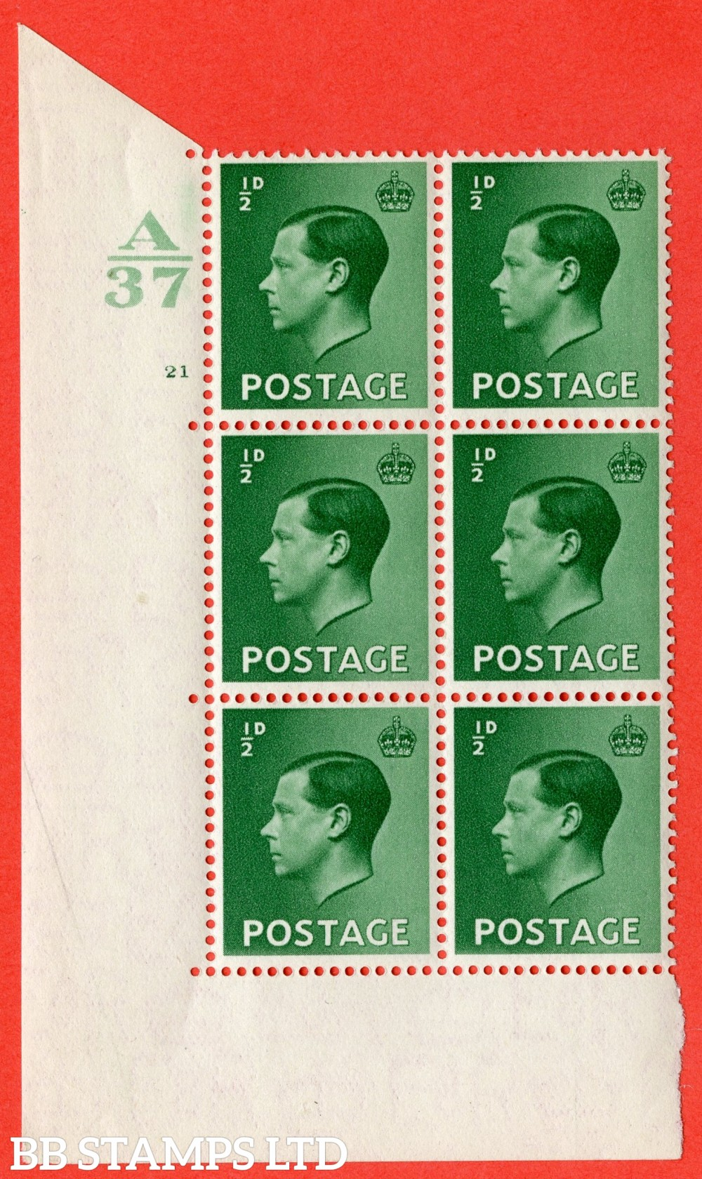 "SG. 457. P1. ½d Green. A superb UNMOUNTED MINT. "" Control  A37 cylinder 21 no dot "" control block of 6 with perf type 5 E/I."