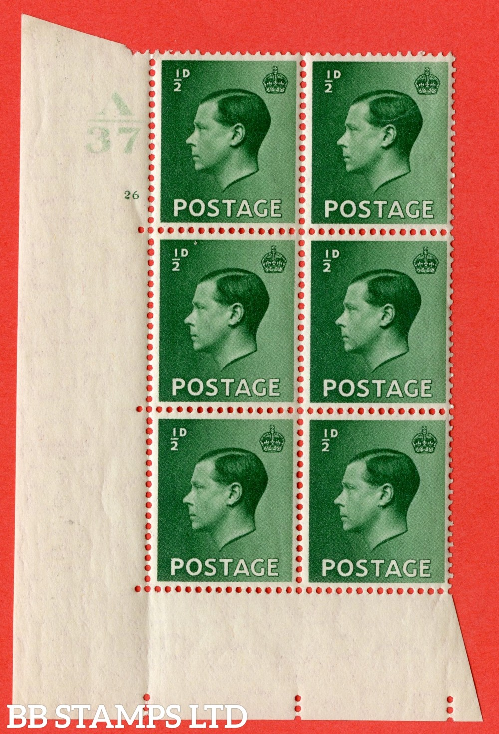 "SG. 457. P1. ½d Green. A superb UNMOUNTED MINT. "" Control  A37 cylinder 26 no dot "" control block of 6 with perf type 5 E/I."