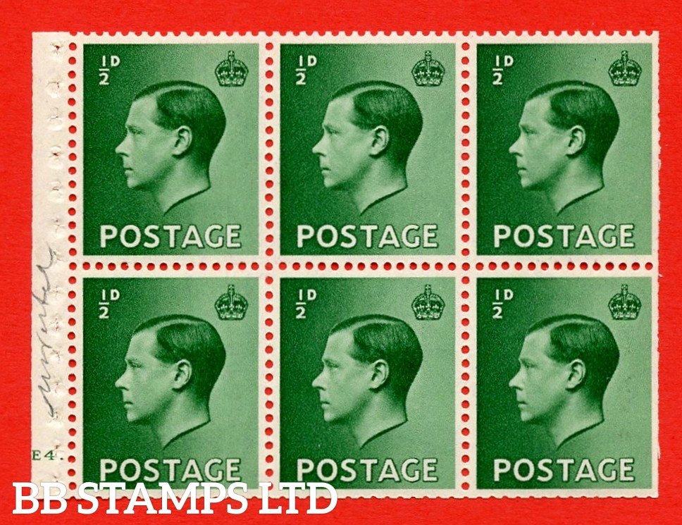 SG. 457 b. PB1. ½d green. A fine MOUNTED MINT booklet pane of 6. Cylinder E4 dot  Perf type ' B4A(I) '. Trimmed perfs.