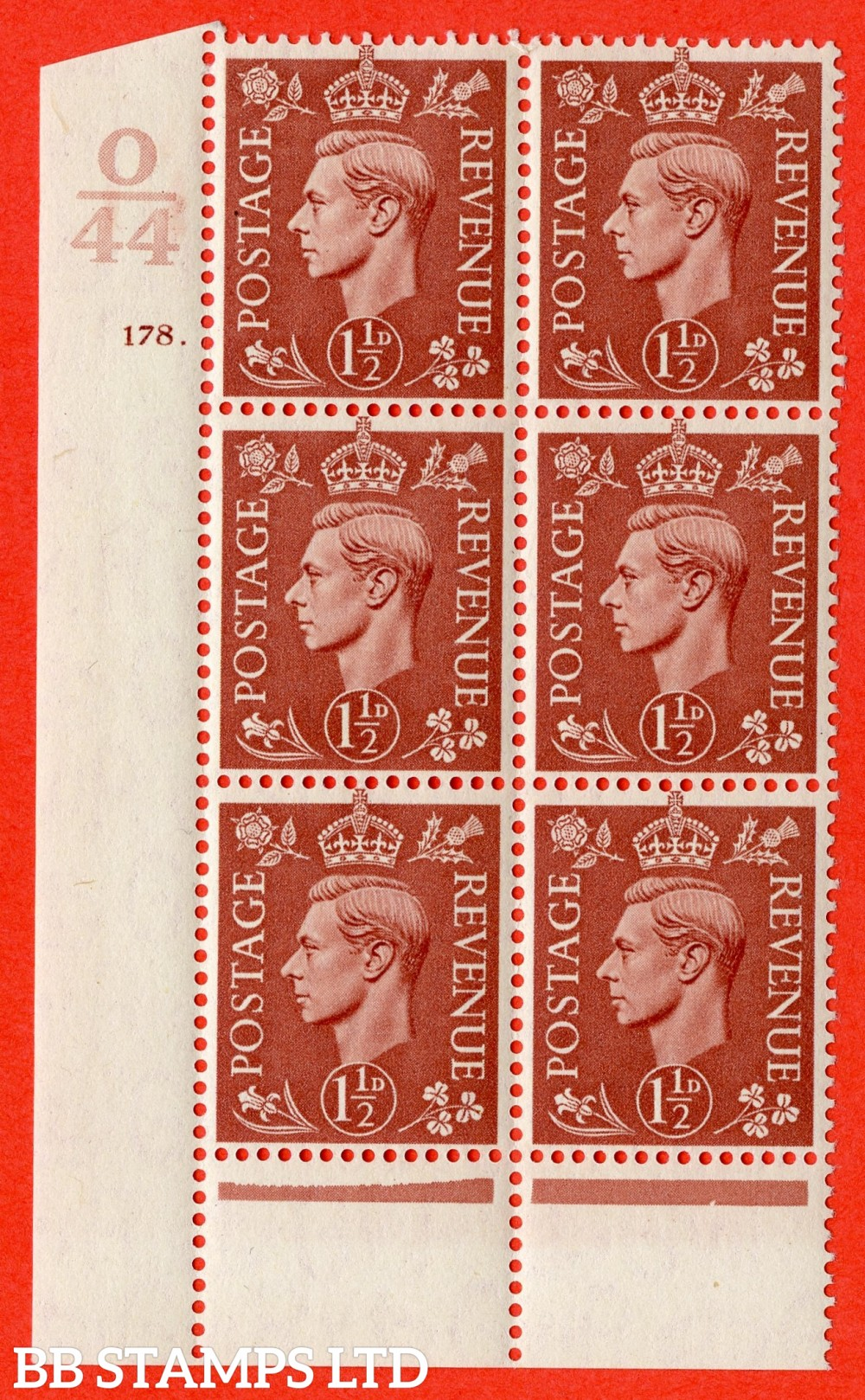 "SG. 487. Q8. 1½d Pale Red-Brown. A superb UNMOUNTED MINT "" Control O44 cylinder 178 dot "" control block of 6 with perf type 6 I/P."