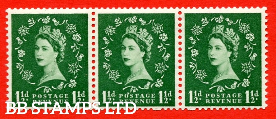 "SG. 542a. S26Q. 1½d. Green. A superb UNMOUNTED MINT example. coil strip of 3. WATERMARK sideways left. With a flaw over ""O"" of ""POSTAGE"". ERROR. Roll 2 variety."