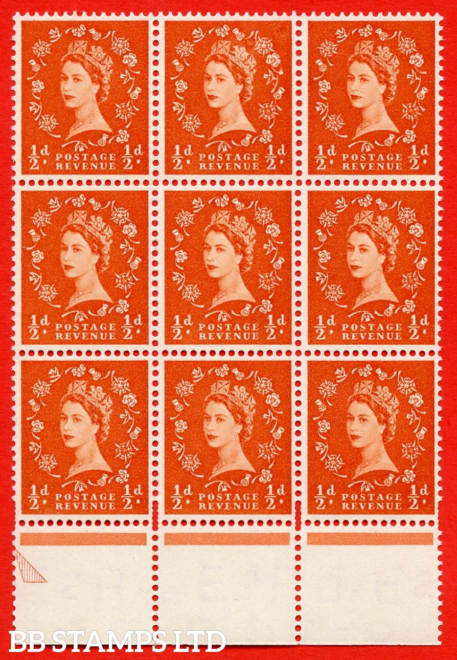 SG. 540. S2d. ½d. Orange-red. A superb UNMOUNTED MINT example from cylinder 2 dot  Positienal block of 9. Variety Flaw on shamrock stem (Cly. 2 Dot, R, 18/8)