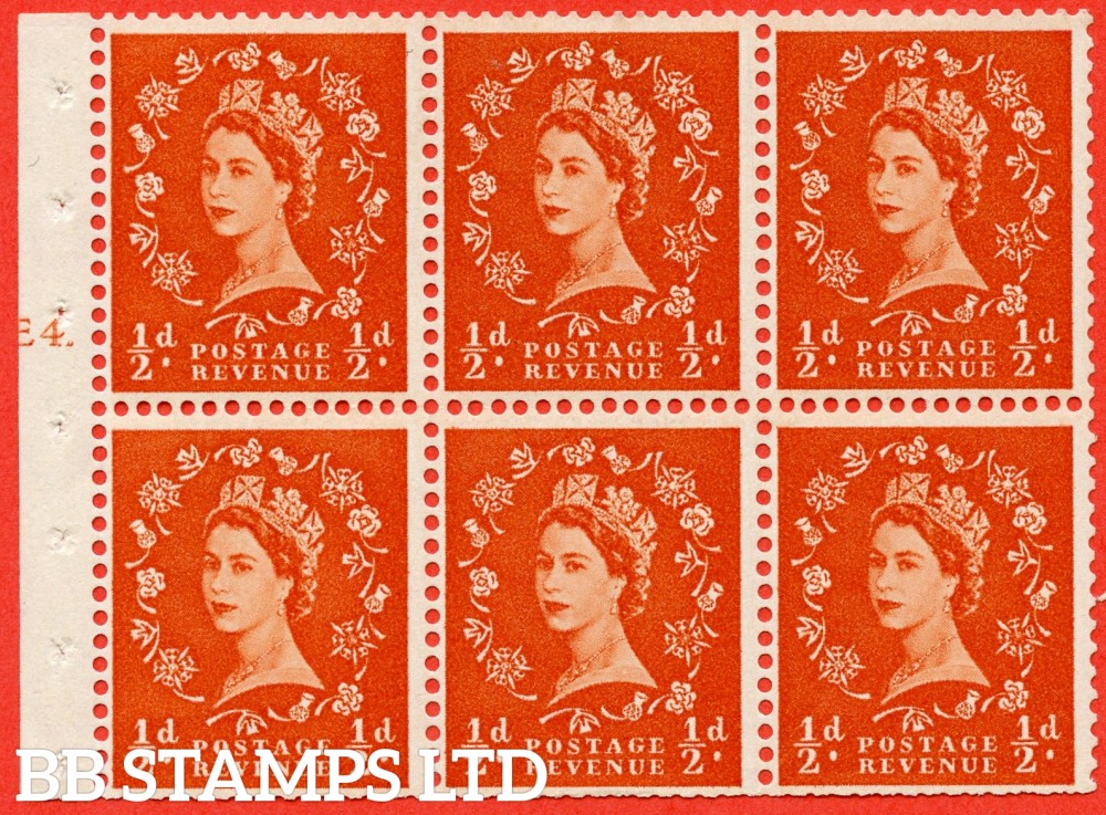 "SG. 570. SB7. ½d orange - red. A fine mounted mint cylinder "" E4 T erroneous dot - no dot "" booklet pane of 6. Perf type (I) with TRIMMED PERFS. Smooth edge."