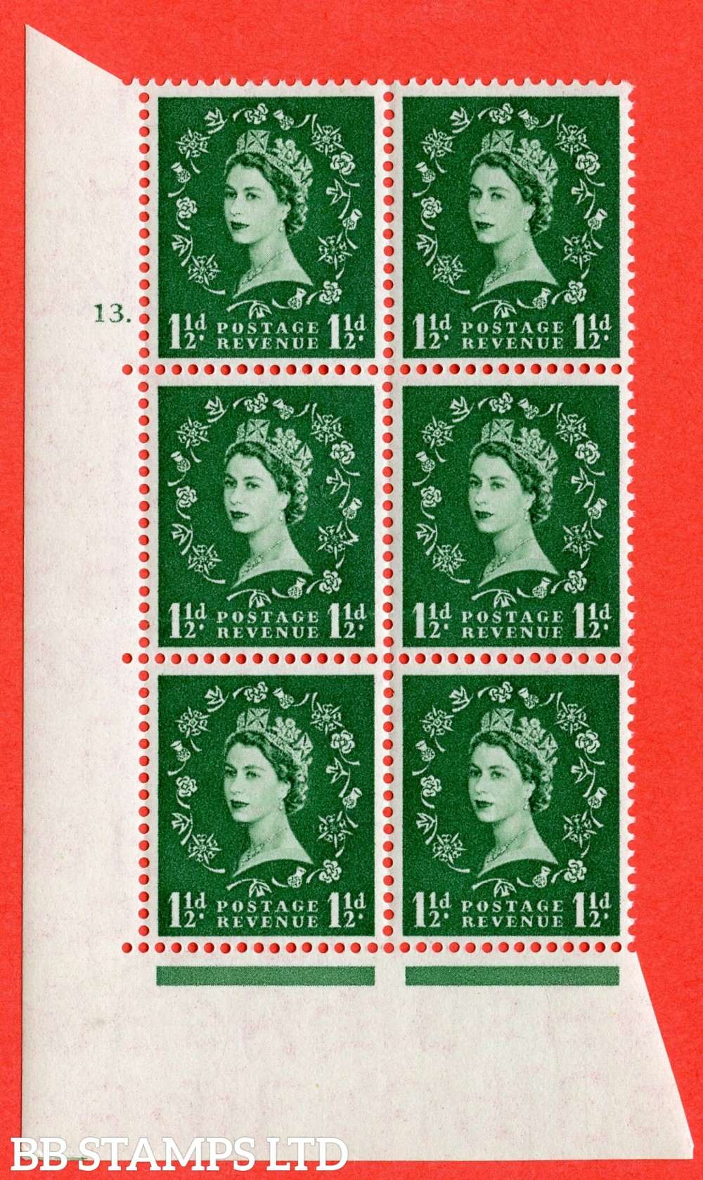 "SG. 542. S26. 1½d. Green. A fine lightly mounted mint "" cylinder 13 dot "" control block of 6 with perf type A E/I"