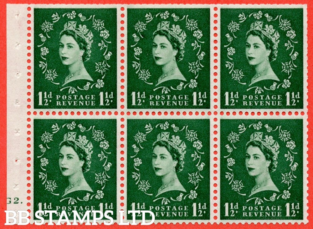 "SG. 517. SB59. 1½d green. A fine UNMOUNTED MINT cylinder "" G2 dot "" booklet pane of 6. Perf type (Ieb) with TRIMMED PERFS. Smooth edge."