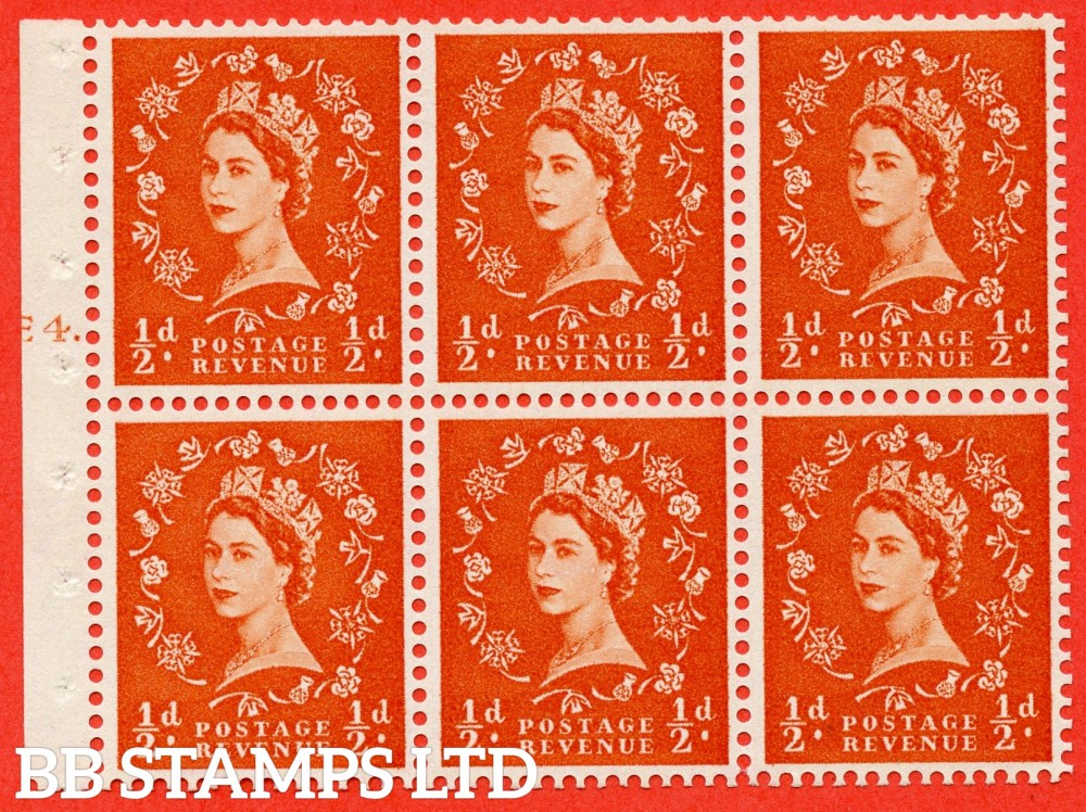 "SG. 570. SB7. ½d orange - red. A fine mounteed mint cylinder "" E4 T dot "" booklet pane of 6. Perf type (Ieb) with GOOD PERFS. Smooth edge."