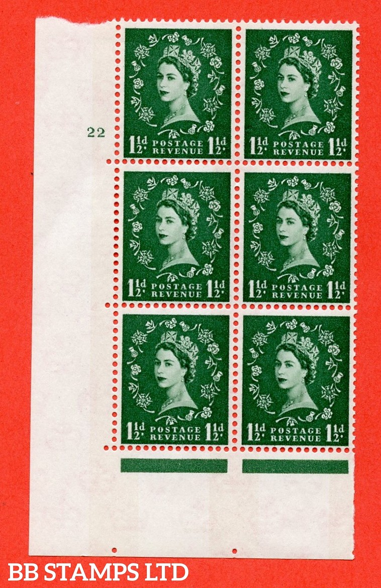 "SG.612. S34. 1½d  Green. A fine mounted mint "" cylinder 22 no dot "" control block of 6 with perf type A (E/I). Blue Phosphor White paper"