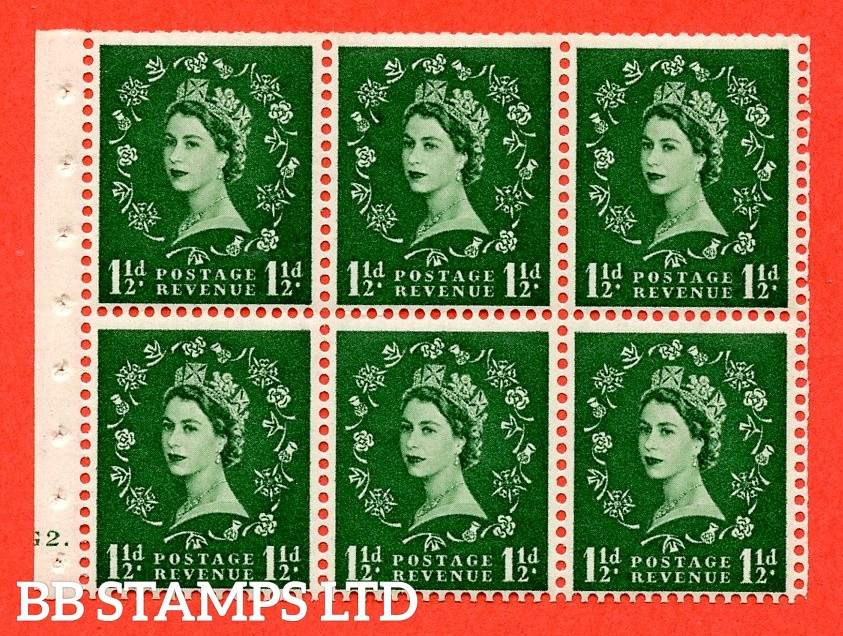 """SG. 517. SB59. 1½d green. A fine UNMOUNTED MINT cylinder """" G2 dot """" booklet pane of 6. Perf type (Ieb) with TRIMMED PERFS. Smooth edge."""