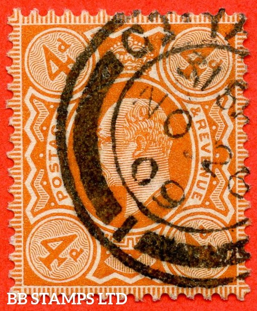 "SG. 239. M25 (1). 4d brown - orange. A very fine "" November 26th 1909 GREAT YARMOUTH "" CDS used  example of this scarce Edward VII shade."