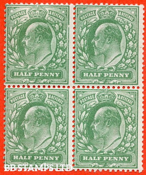 "SG. 268. M3 (2) h. ½d Dull Green. A fine mint block of 4 with the top left hand stamp clearly showing the listed variety "" Major frame breaks ( plate 64b row 18/10 ) """