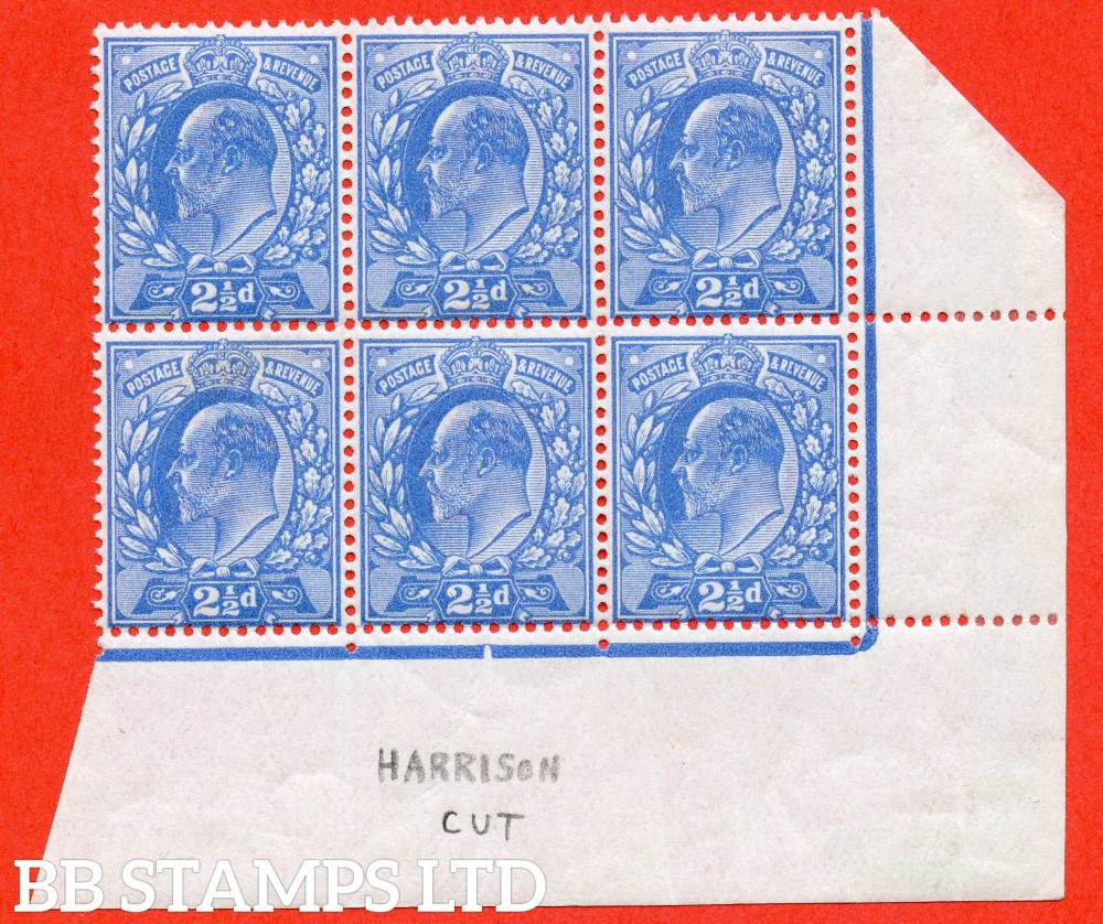 SG. 276. M17 (2). 2½d Bright Blue. A fine mint ( 5 stamps UNMOUNTED MINT ) bottom right hand corner marginal block of 6
