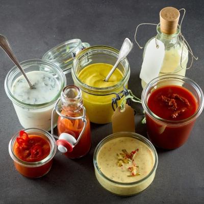 Mustard & condiments