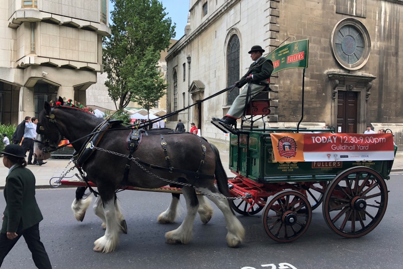horses and beer cart
