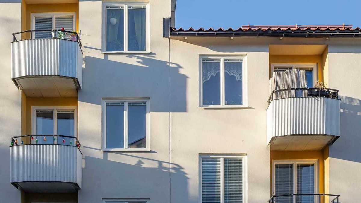 Fönsterbyte brf, Fönsterbyte bostadsrättsförening, Fönsterbyte hyreshus bild