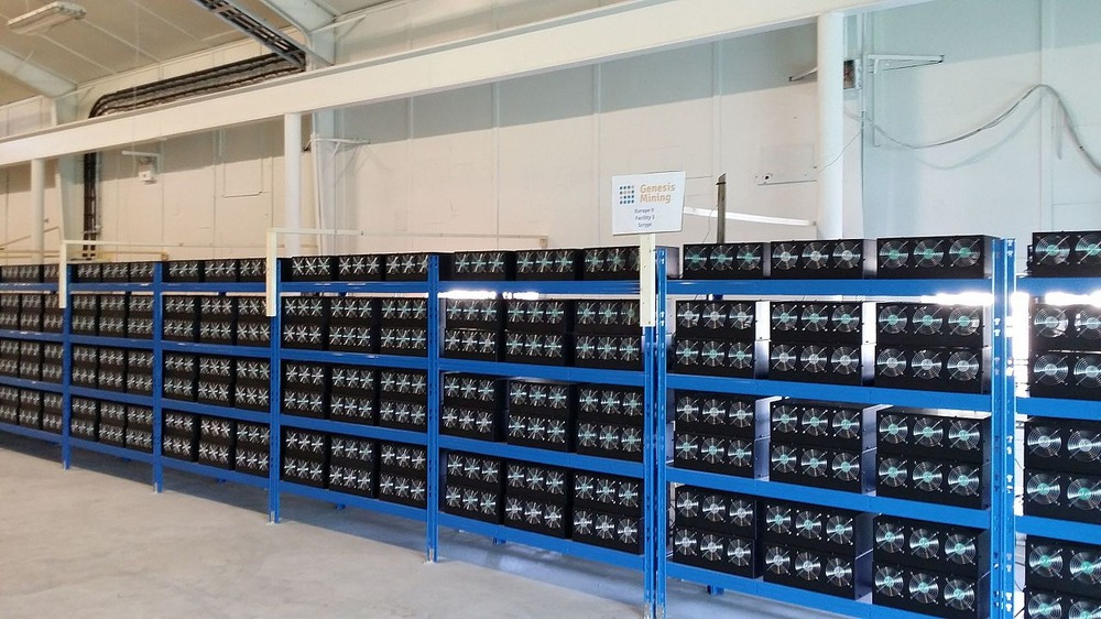 A mining farm of Genesis Mining located in Iceland. The picture shows mainly Zeus scrypt miners. Marco Krohn [CC BY-SA 4.0 (https://creativecommons.org/licenses/by-sa/4.0)]