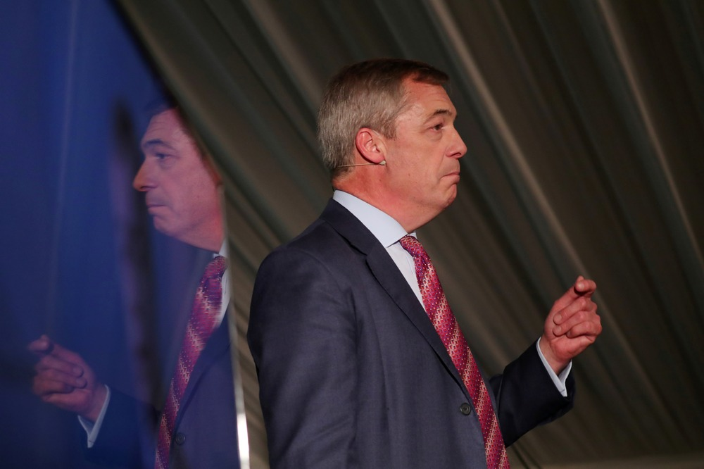 Nigel Farage Threatens to Call the Police on Boris Johnson Over Brexit Party Peerage Claims