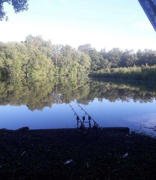 fishing near me Frimley Pits Fishery