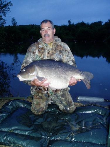 Mirror Carp captured from Bedfordshire by Bill