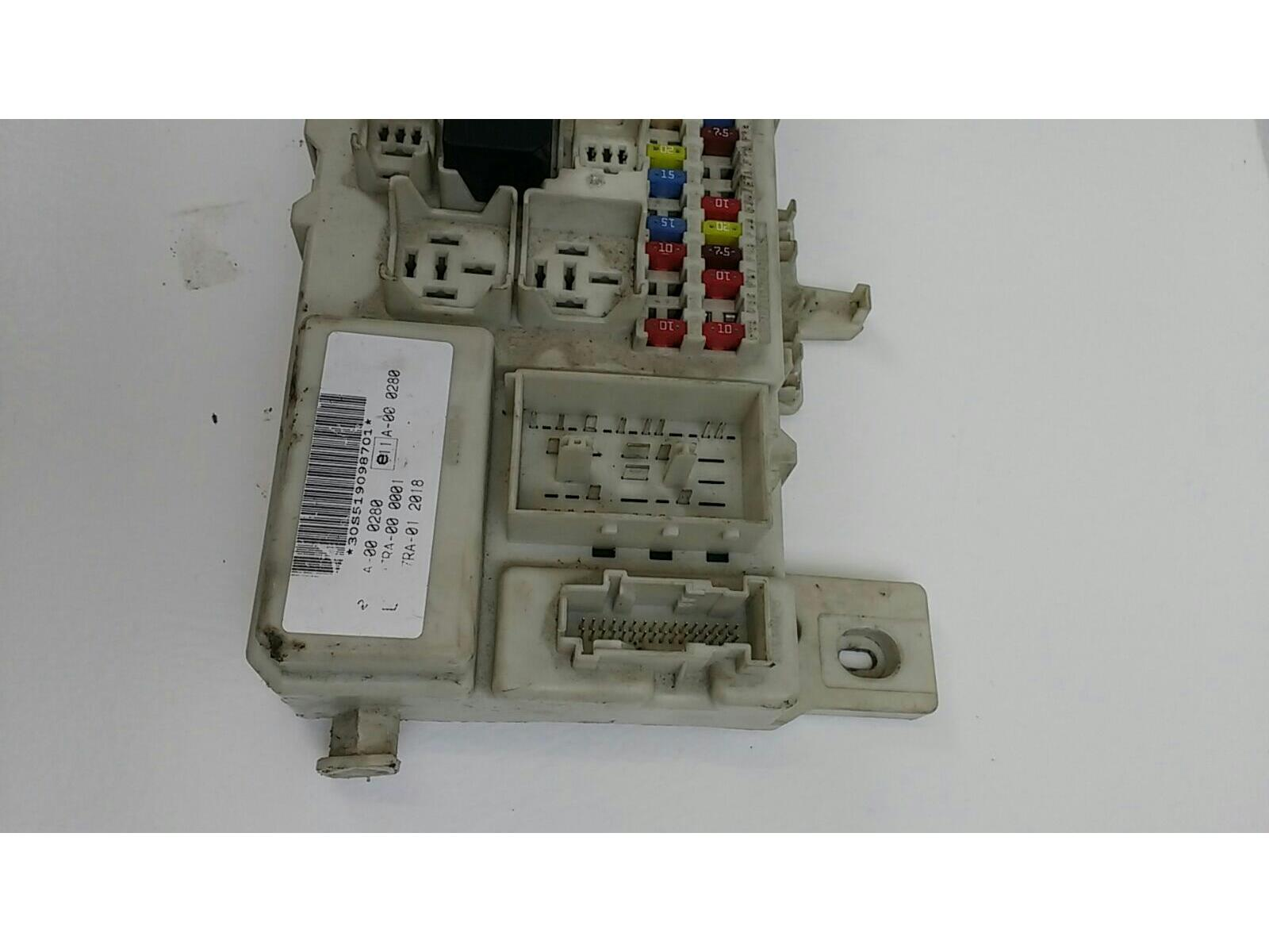 Ford Focus 2005 To 2007 Zetec Climate Fuse Box Petrol Manual For On 2006 Comments 5 Door Hatchback