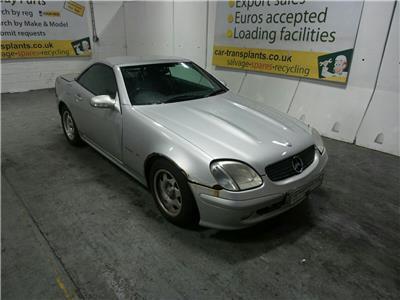 2002 MERCEDES BENZ SLK 200k