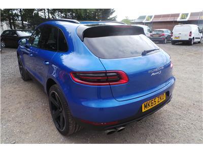2015 Porsche  Macan S 4WD 2967 Diesel Automatic 7 Speed M.P.V.
