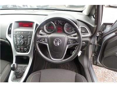 2013 Vauxhall Astra SRi Petrol Manual 5 Door Estate