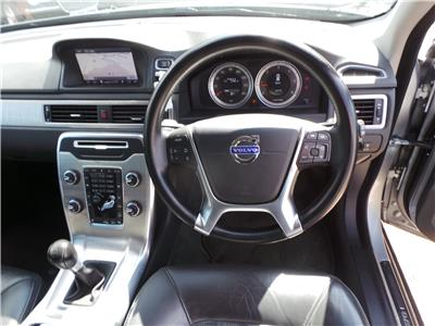 2011 Volvo XC70 SE Lux D3 4WD 2400 Diesel Manual 6 Speed 5 Door Estate
