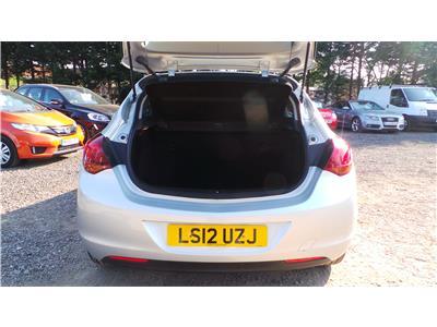 2012 Vauxhall Astra SRi 1598 Petrol Manual 5 Speed 5 Door Hatchback