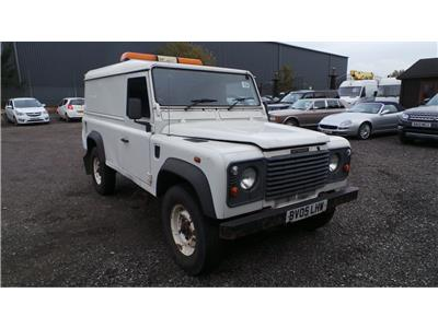 2005 Land Rover Defender 110 HARD-TOP TD5 2495 Diesel Manual 5 Speed 3 Door Estate