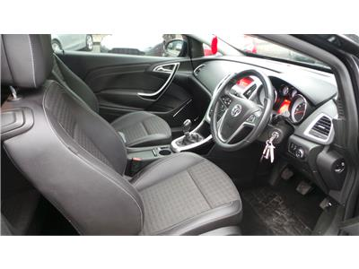 2013 Vauxhall Astra SRi 1686 Diesel Manual 6 Speed 3 Door Coupe