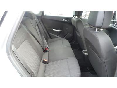 2010 Vauxhall Astra Exclusiv 1598 Petrol Manual 5 Speed 5 Door Hatchback