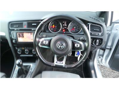 2016 Volkswagen Golf R Line Edition TDi 1968 Diesel Manual 6 Speed 5 Door Hatchback