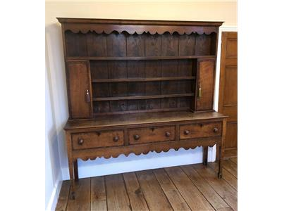 SOLID OAK WELSH DRESSER  Miscellaneous
