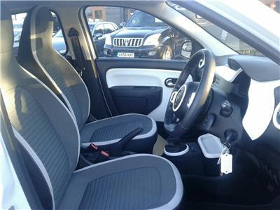 2015 Renault Twingo Play SCe 70 999 Petrol Manual 5 Speed 5 Door Hatchback