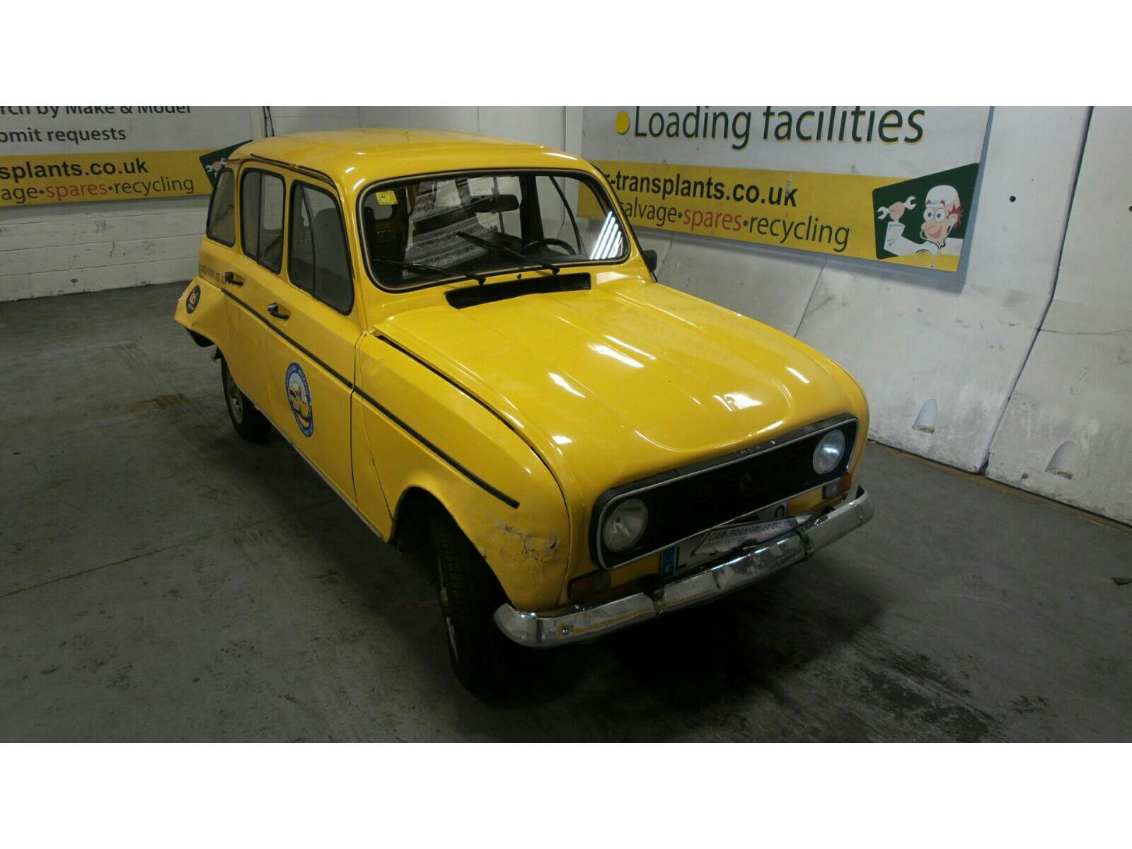 1989 Renault 4 Door Estate