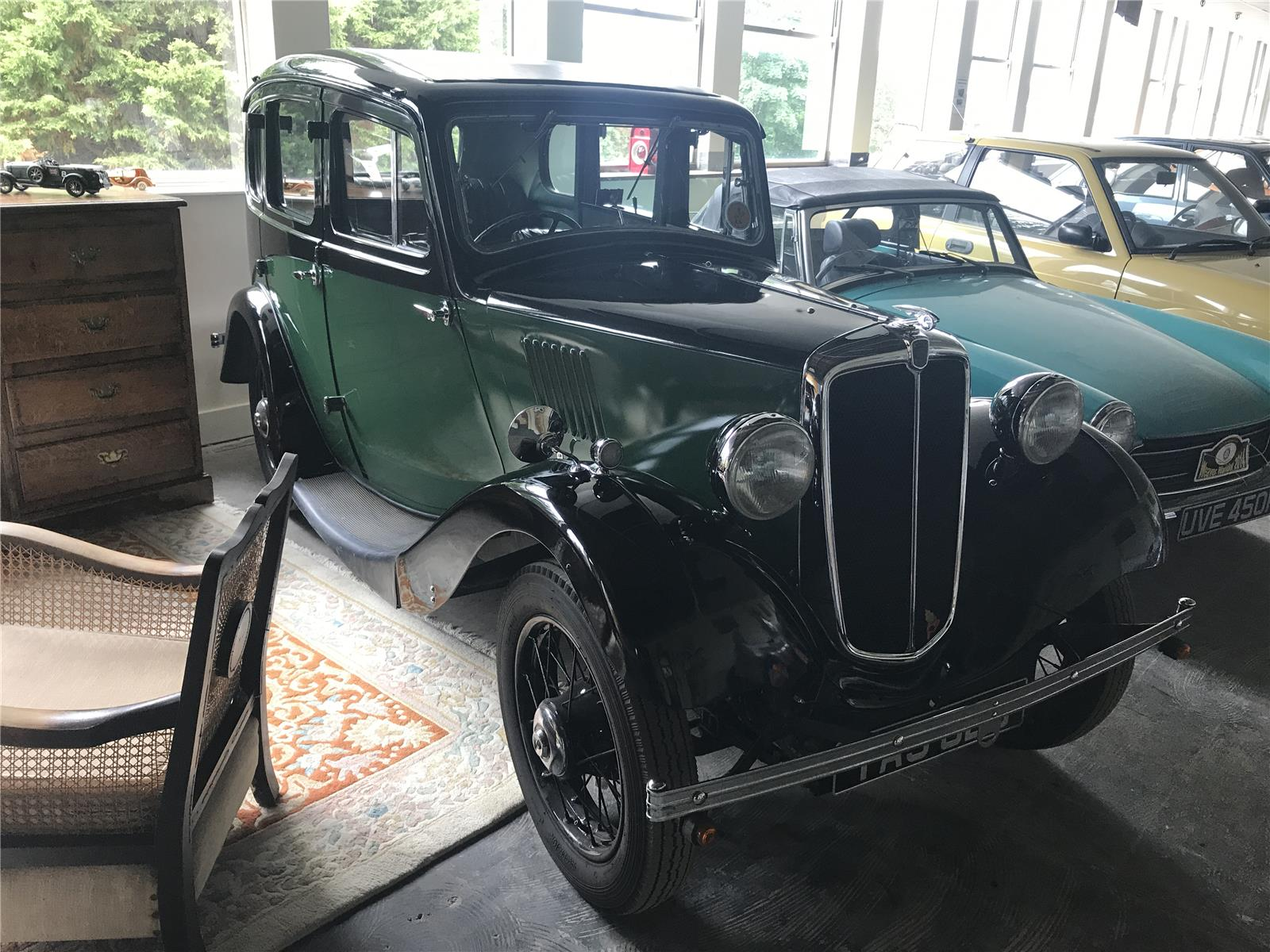 1935 Morris 2 Door Saloon