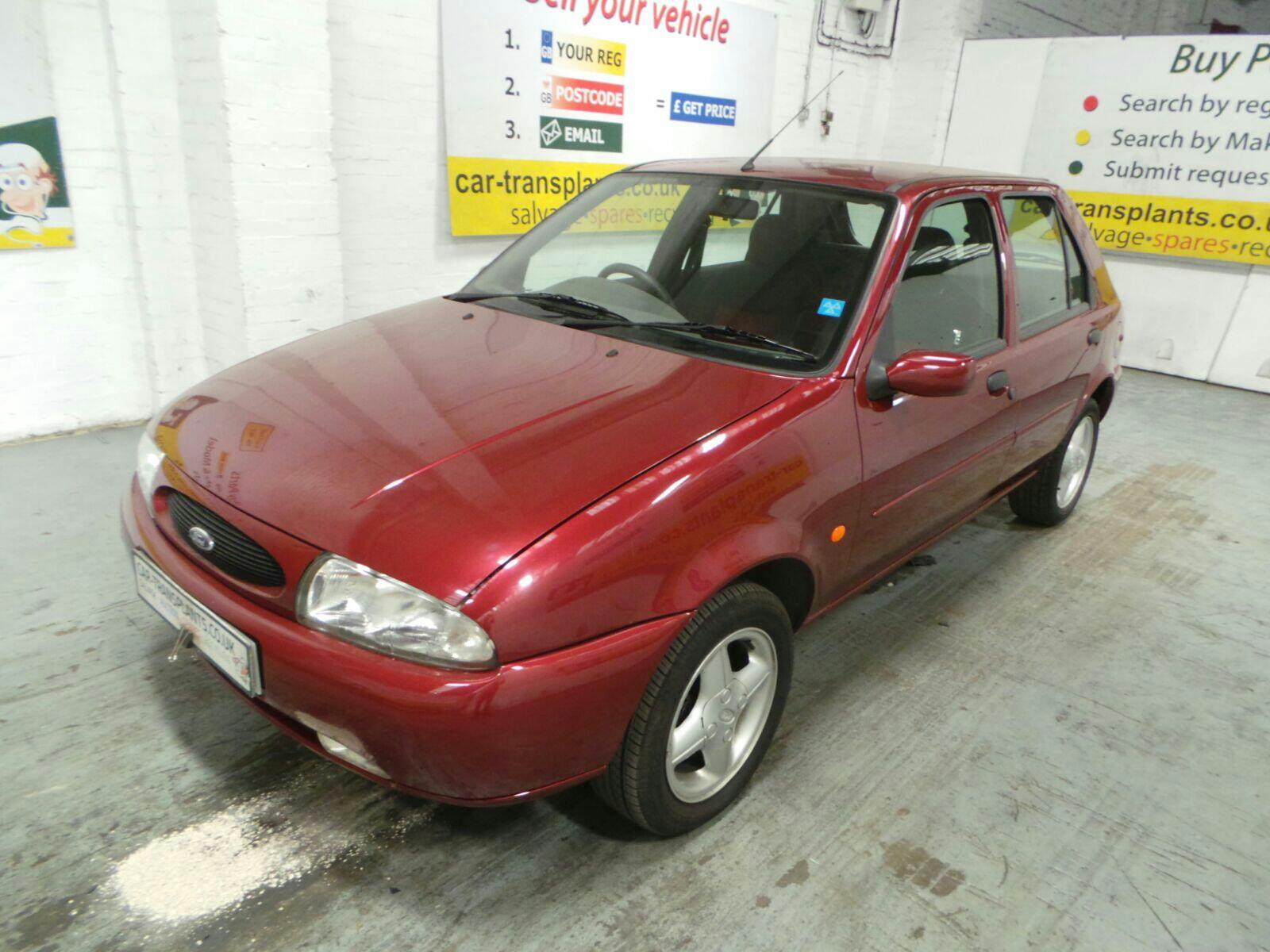 FORD 5 DOOR HATCHBACK