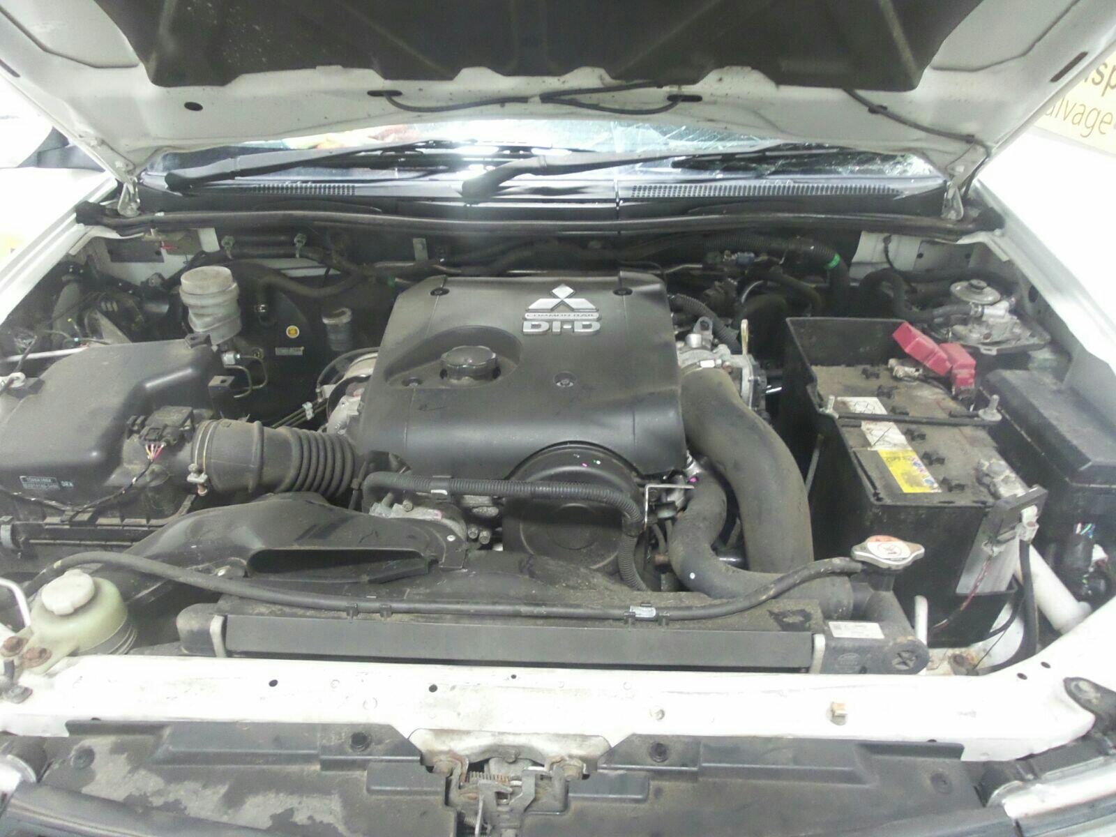 2014 Mitsubishi L200 2013 To 2015 Pick-Up (Diesel / Manual