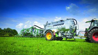 Pics: New Joskin slurry spreader ideal for wet ground