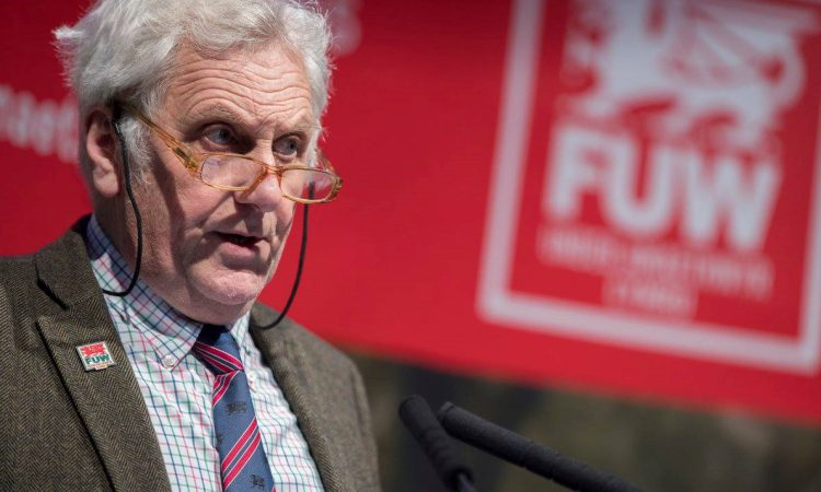 Young farmers must 'not be left behind' – Roberts