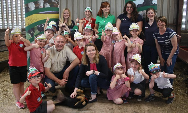 NFU Cymru launches new bilingual education resources