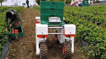 'Trailblazing' agri-robotics trial launched in Lincolnshire