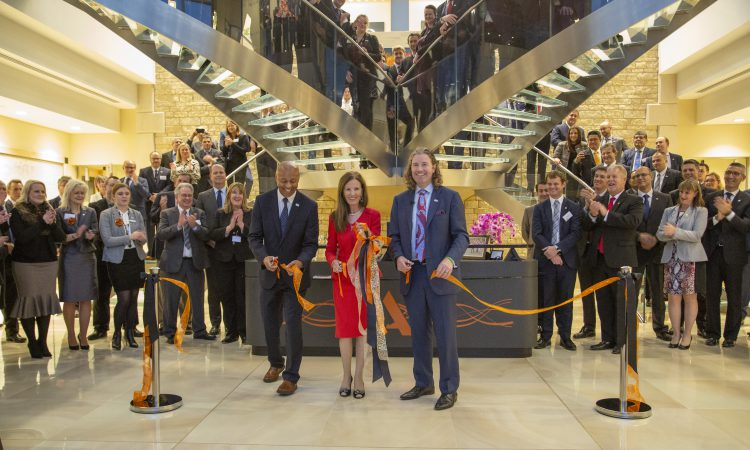 Alltech cuts the ribbon on new UK office